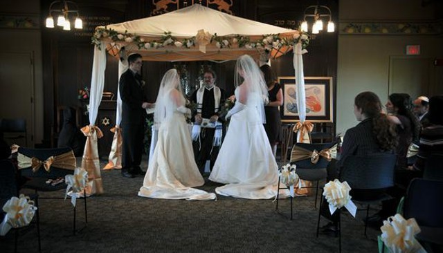 marriage in judaism The torah provides very little guidance with regard to the procedures of a marriage the method of finding a spouse, the form of the wedding ceremony, and.
