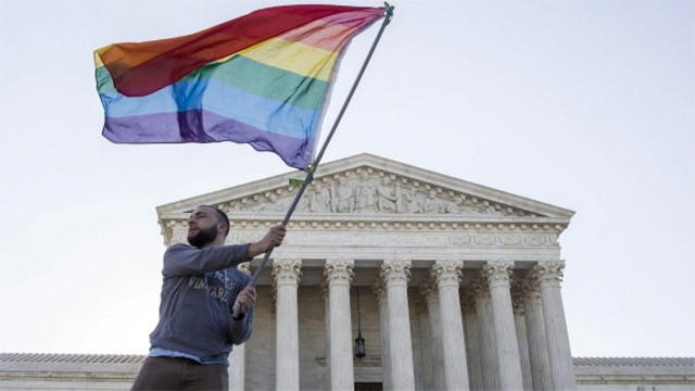 US Supreme Court legalises marriage equality across the nation
